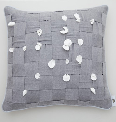 쿨이너프 후후쿠션 Cool Enough HUHU Cushion large grey