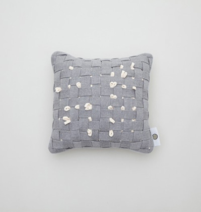 쿨이너프 후후쿠션 Cool Enough HUHU Cushion small Grey