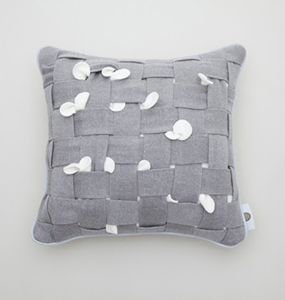 쿨이너프 후후쿠션 Cool Enough HUHU Cushion middle Grey